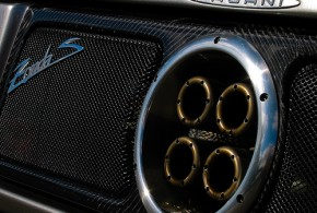 Pagani exhaust - David Blaikie
