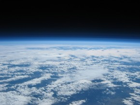 100,000 feet above Oregon by Justin Hamel and Chris Thompson (500x375)
