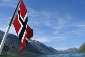 Norway flag - Mroach - Flickr