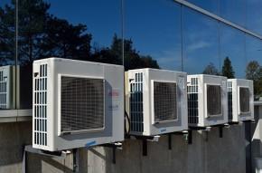 Air conditioners - Elastic Computer Farm - Pixabay