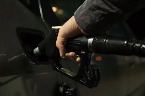 Car refill transportation transport - Skitterphoto - pexels
