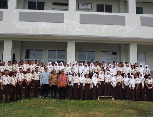 185 Siswa SMA Kaimana Ikuti Survei Lingkungan