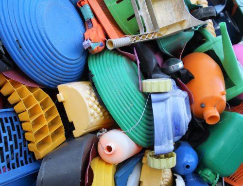 Kita Pun Memakan Sampah Plastik