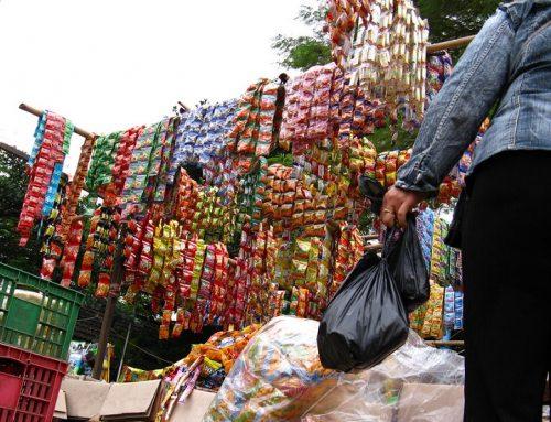 Plastik Semakin Cemari Laut, Darat dan Udara