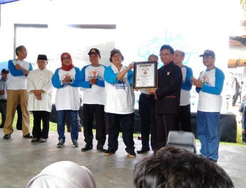 8000 Orang Gotong Royong Bersihkan Ciliwung