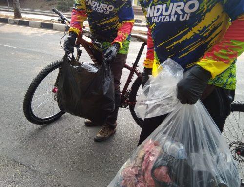 GPS: Bersepeda Kurangi Sampah Plastik